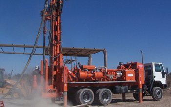 D&B 30RC POWER 7000 Multi drill rig