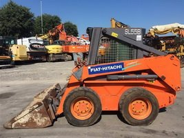 Fiat Hitachi skid steer loader SL35B
