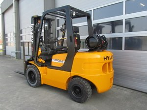 HYUNDAI GAS Forklift HLF series Service Manuals and Parts Catalogs on