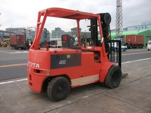 TOYOTA Electric forklift FBE - FBH series 2.0-3.0 Ton